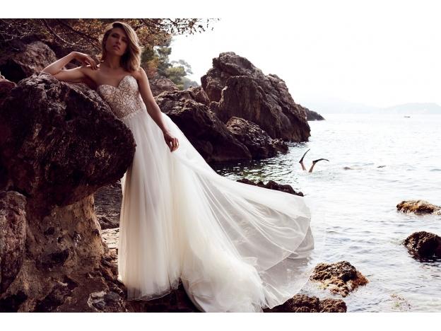 f42a6f48 Brudekjoler i et romantisk univers
